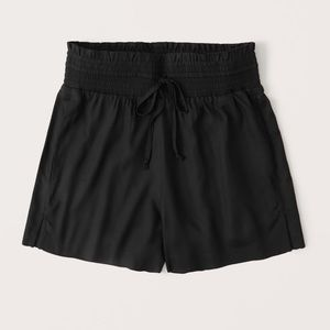 ABERCROMBIE PULL ON SHORTS